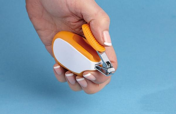 Obcinacz do paznokci z ergonomicznym uchwytem