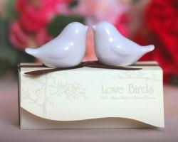 Przyprawniki w kształcie zakochanych gołębi