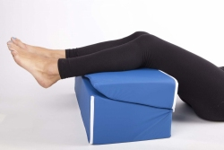 Poduszka klinowa - podwyższająca nogi Athenax