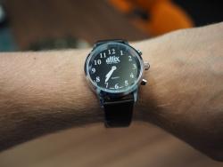 Zegarek mówiący czarna bransoleta