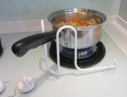 Osłona patelni i rondla podczas gotowania